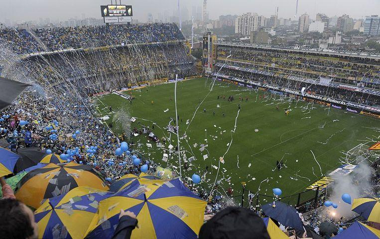 La Bombonera, de fans van Boca huren flats in de Argentijnse hoofdstad om hun vlaggen, trommels en andere attributen in te stockeren.