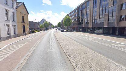 Wegenwerken in centrum Asse: eenrichtingsverkeer in Weversstraat (N9)