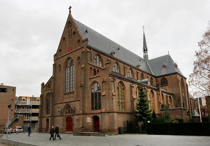 In Apeldoorn is de Onze Lieve Vrouwekerk (voorheen Mariakerk) de aangewezen plek voor katholieken.