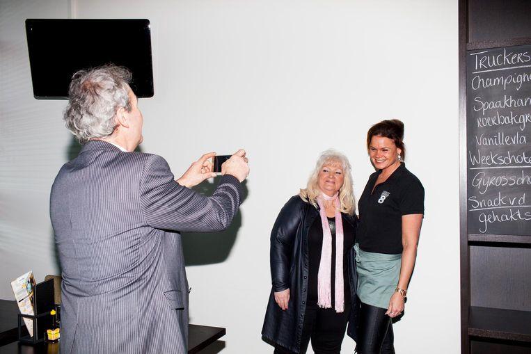 Tina Trucker: 'Ik was een jonge, blonde vrouw die niet alleen zong over vierwielers met zware dieselmotoren, maar ook nog eens serieus verstand had van zaken.' Beeld Renate Beense