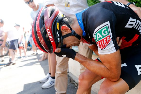 Richie Porte brak bij een val in de Tour zijn sleutelbeen.