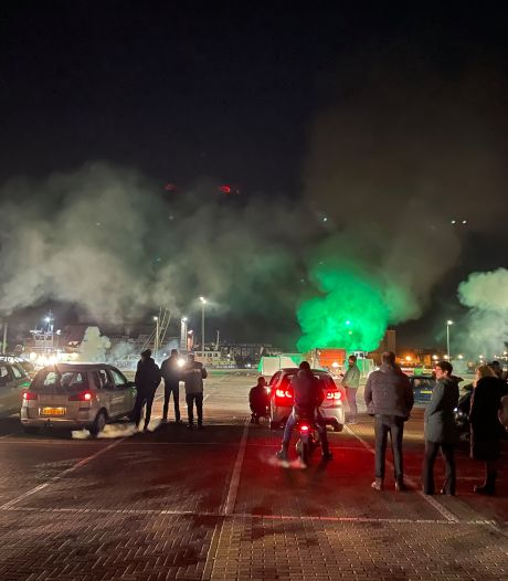 Statenlid: 'Vergeet niet: partijen op Urk riepen bewust op de avondklok niet te handhaven'