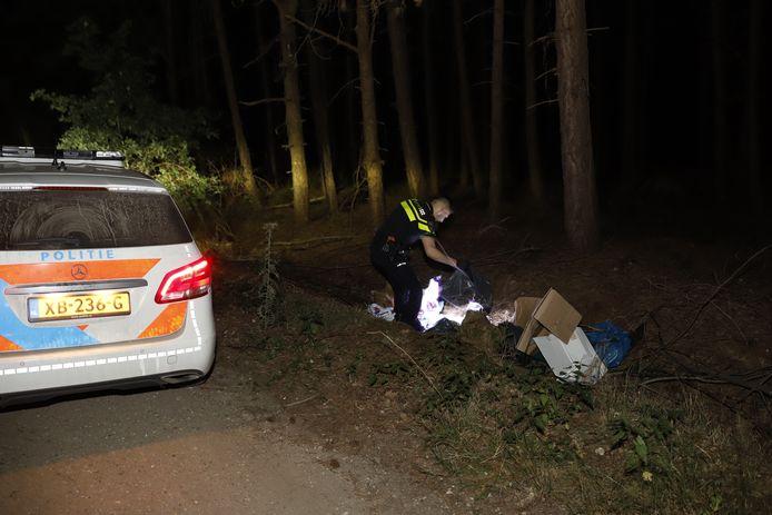 Het drugsafval is in Sint Hubert gedumpt in het bos langs de Peter Ebbenweg.