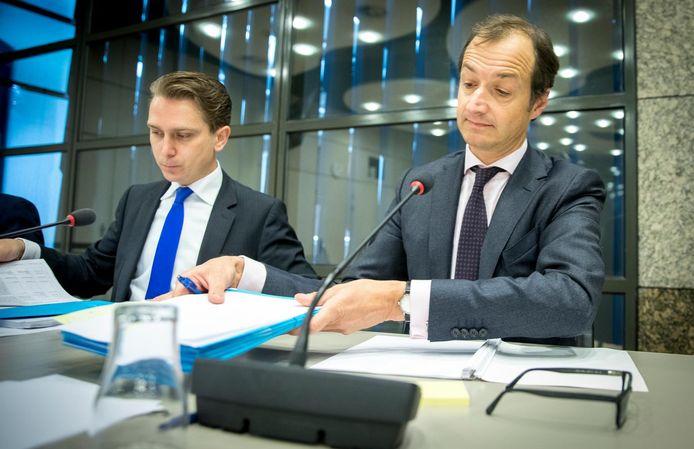Staatssecretaris Eric Wiebes (Financien) voorafgaand aan een algemeen overleg over de misstanden bij de Belastingdienst