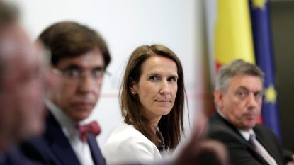 """""""Ze is volledig door het ijs gezakt"""": 10 experts stellen het coronarapport van onze ministers op"""
