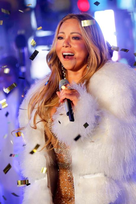 Mariah Carey 'wint' 10yearchallenge: 'Ik doe niet aan tijd'