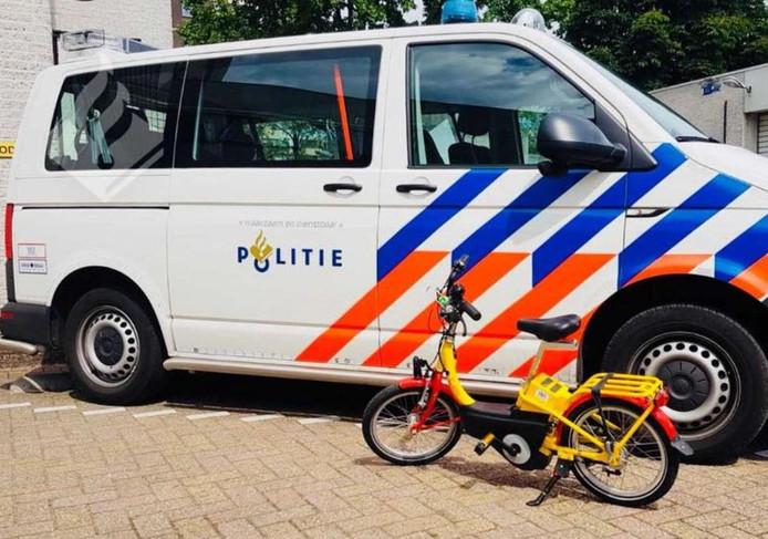 De fiets is vandaag gevonden bij winkelcentrum Bisonspoor.