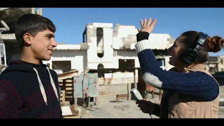 Stil uit de documentaire Radio Kobani van de Koerdische Nederlander Reber Dosky. Beeld