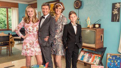 """Willy Sommers en gezin trokken in 'Groeten uit' naar 1964: """"De jukebox, dat was het begin van mijn carrière"""""""