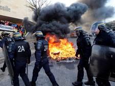Wij wijken niet! Frans bajespersoneel begonnen aan grootscheepse staking