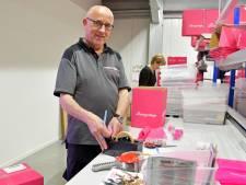 Personeel Morres helpt mee bij webwinkel Boozyshop in Hulst: zelfbruiner is niet aan te slepen
