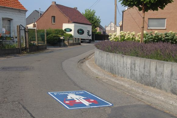 Eerder werd de Benedenstraat in Papegem al ingericht als fietsstraat.