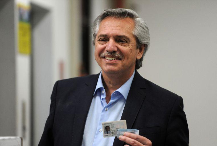 Alberto Fernandez brengt zijn stem uit in Buenos Aires.