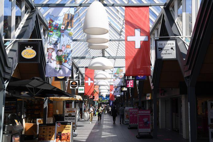 Bij winkelcentrum Arendshof wordt een transformatie van winkels naar wonen onderzocht.