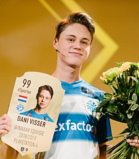 Dani Visser (17) uit Emmeloord Nederlands Kampioen FIFA 19: 'In het begin trokken mijn ouders de internetkabel eruit'