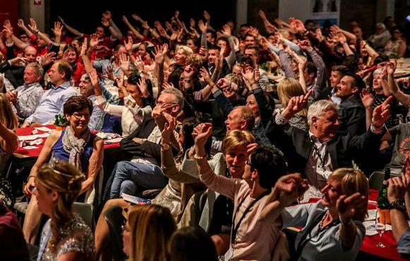 In Bissegem ging het publiek luid en uitbundig tekeer.