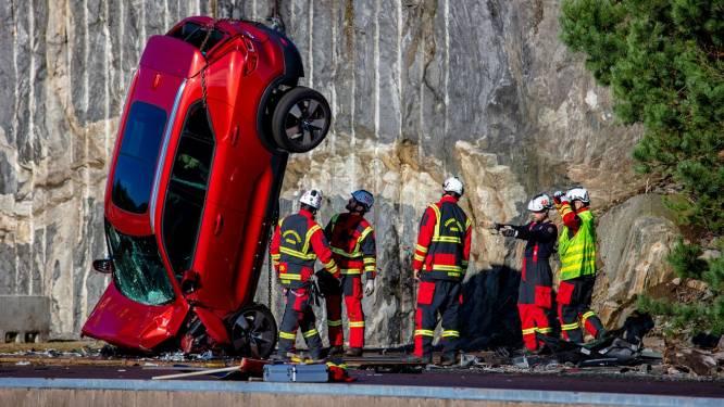 Waarom Volvo nieuwe auto's te pletter laat storten