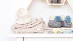 Haken is hip: maak zelf deze schattige (én warme) babyslofjes