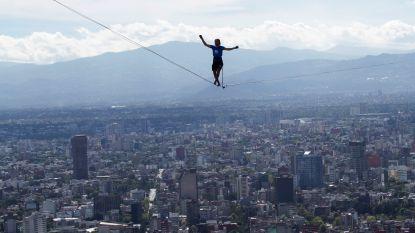 246 meter hoog op een touwtje