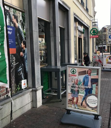 FNV wil actie tegen boodschappen doen na 22.00 uur in Deventer, Zwolle en Zutphen