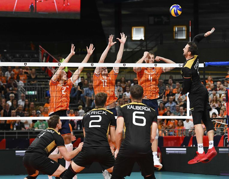 De Nederlandse volleyballers verloren met 1-3 van Duitsland. Beeld ANP