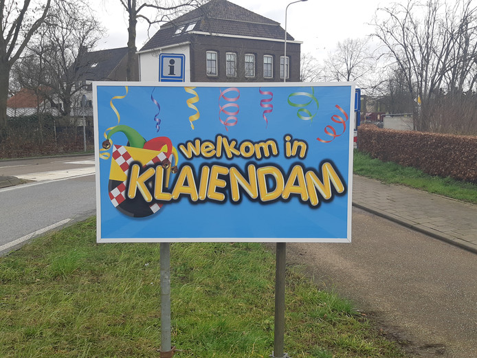 Kombord carnaval Dussen Klaiendam