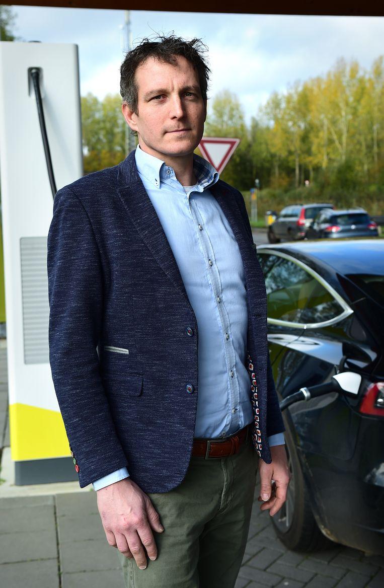 Coen van Coevering: 'Als het gaat om het terugdringen van stikstof, is het natuurlijk een vreemde maatregel als dat ook voor elektrische auto's gaat gelden.'  Beeld Marcel van den Bergh/ de Volkskrant