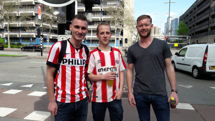 Vlnr. Mark Woering , Patrick Wardenburg en Tijs Bakker uit Emmen.