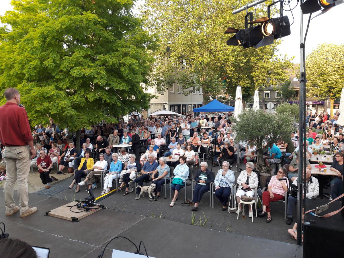 Volle bak bij het Vierdaagse Orkest in Groesbeek.
