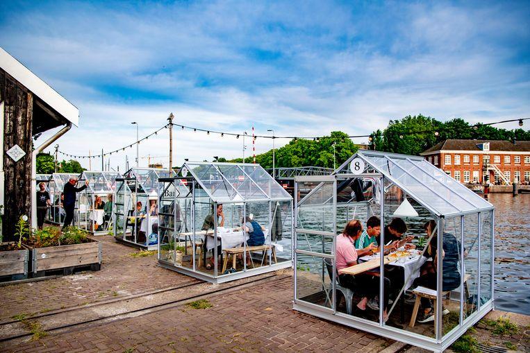 'Quarantainekassen' bij cultuurinstelling Mediamatic in Amsterdam. Beeld SOPA Images/LightRocket via Gett