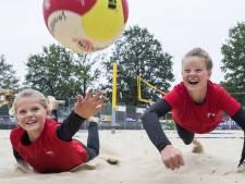 Achterhoekse beachvolleybalzusjes gaan voor goud