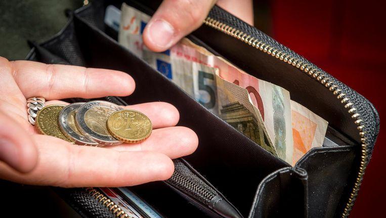 Scheefwoners laten zich onder druk van een inkomensafhankelijke huurverhoging niet uit hun goedkope sociale huurwoning verdrijven Beeld null