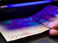 18-jarigen opgepakt na betalen met vals geld in Wierden en Oldenzaal