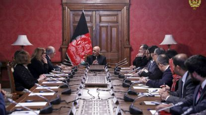 """Amerikaanse minister van Defensie noemt gesprekken met taliban """"bemoedigend"""""""
