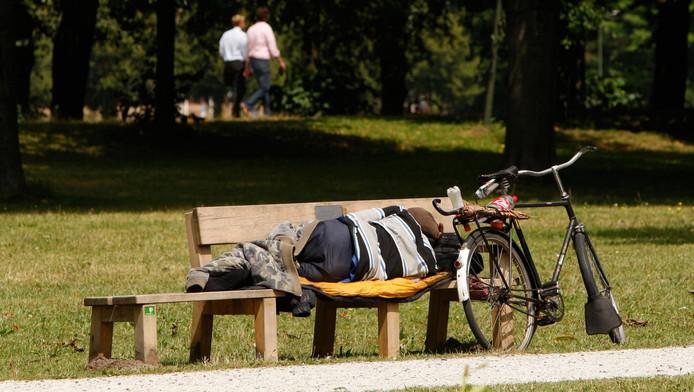 Den Haag kent een toename van het aantal zwervers. Velen van hen accepteren geen hulp.