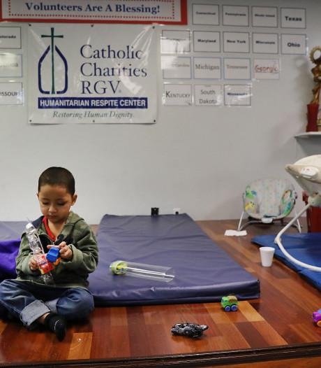 Jongetje (3) alleen achtergelaten aan Amerikaanse grens met Mexico