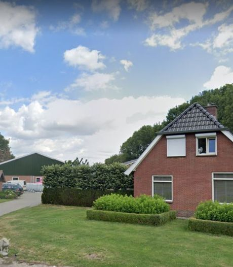 Nog een varkensbedrijf weg nabij Rijssense nieuwbouwwijk Het Opbroek