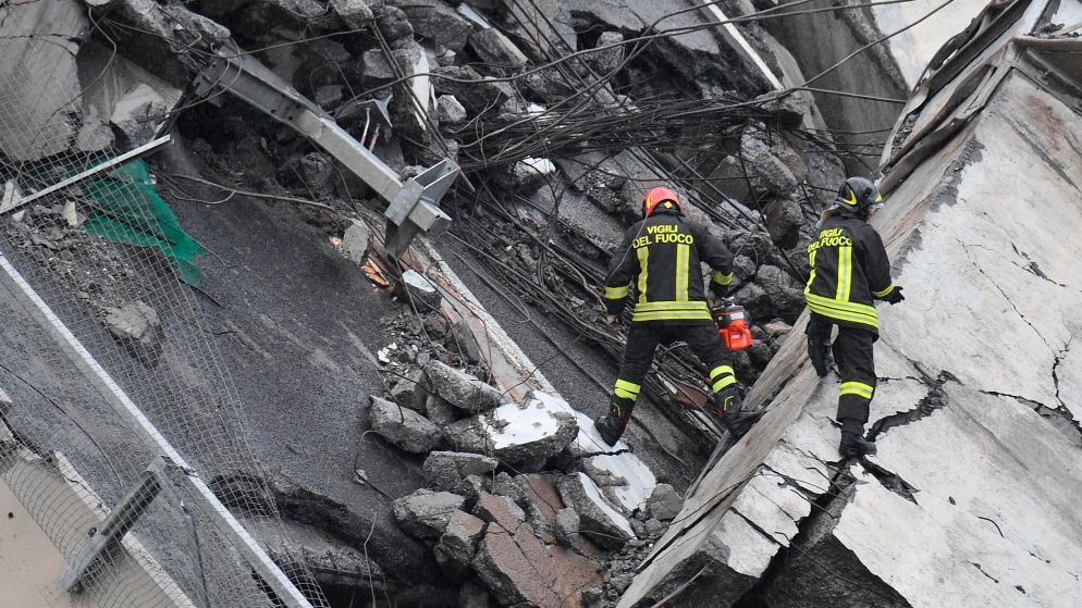 LIVE. Minstens 35 doden na instorting brug Genua - Reddingswerkers vrezen dat de rest van brug zal instorten