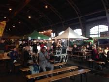 Publiek rockt op Pasar Mundial in Tilburgse Koepelhal