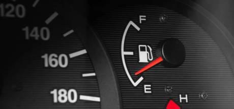 Waarom je brandstoftank altijd voor een kwart gevuld moet zijn