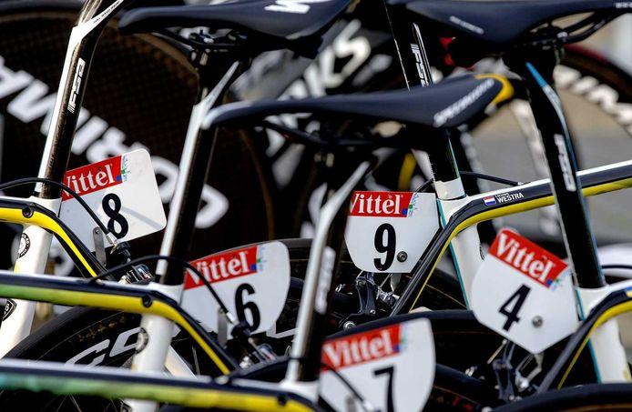 De fietsen van de Astana ploeg voor aanvang van de eerste etappe.
