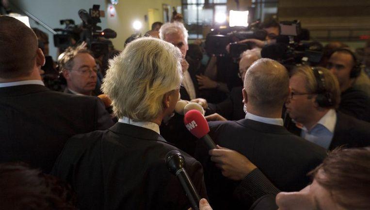 Geert Wilders staat de pers te woord over de zaak-Lucassen. Beeld anp