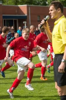 Bij toernooi Braamhaar Foundation in Nijverdal draven zo'n 300 G-voetballers op