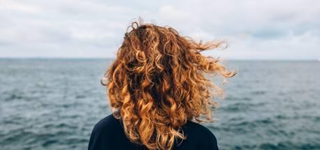 Ce simple mélange d'huiles naturelles a sauvé mes cheveux