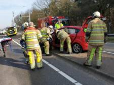 Gewonden na botsing tussen twee auto's bij Leusden
