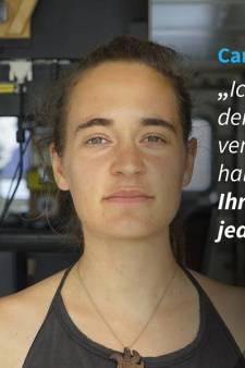 """Carola Rackete,  l'""""emmerdeuse"""" qui veut sauver les migrants"""