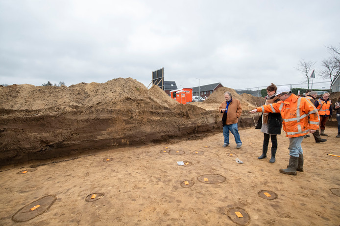 Edenaren konden meehelpen vrijdag met archeologische opgravingen.