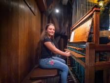 Jongste beiaardier ter wereld in Sint-Jan