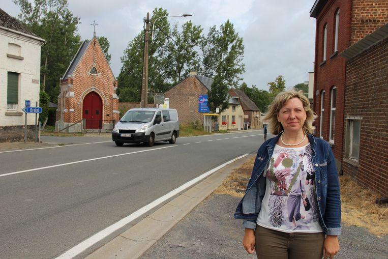 Schepen van Mobiliteit Sabine Hoeckman (Open Vld) gaat met het Vlaams gewest praten om doorstroming aan het kruispunt Meerbeekstraat - Jagerstraat vlotter te laten verlopen.