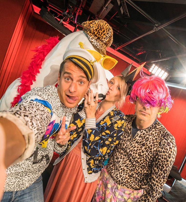 Sam De Bruyn, Heidi Van Tielen en Wim Oosterlinck trapten de feestweek gisteren op gang in gepaste kledij.